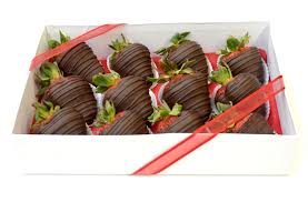 Box of 12 Chocolate Strawberries